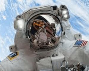 wat verdient een astronaut aan salaris?