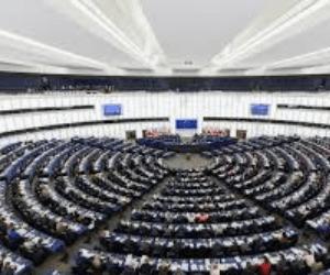 wat verdient een Europarlementariër aan salaris?