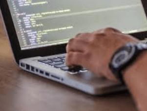 wat verdient een programmeur aan salaris per maand