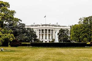 wat verdient de president van amerika aan salaris, inkomen en vermogen